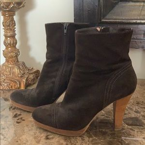 Steve Madden Suede Boots 8.5